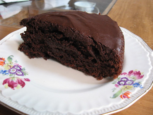 Chocolate-beer cake