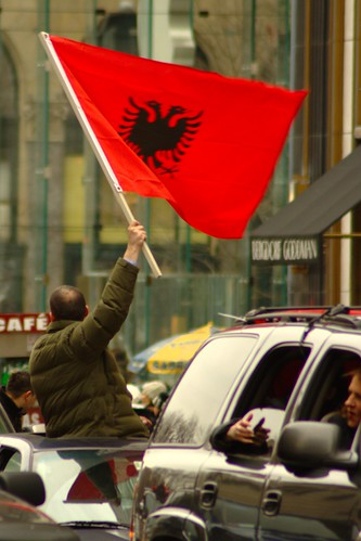 In NYC 5th Avenue, people waive the flag of Kosovo for the US recognition of Kosovo independence
