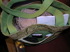 knitting bag with zipper pocket