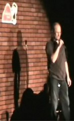 LyleBateman-ComedyCave-29Jan2008-capture
