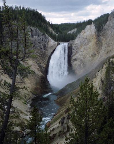 US Yellowstone Waterfall