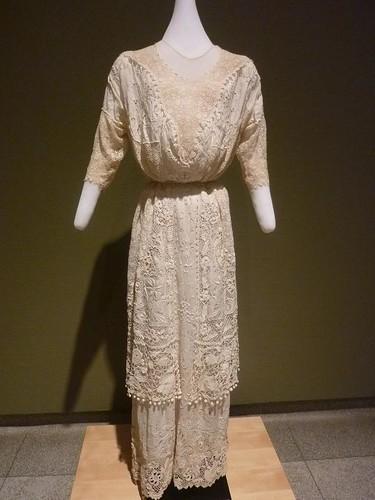 IL - Springfield 103 State Museum Irish crochet dress