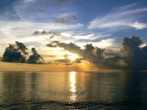 PUESTA DE SOL EN PROVIDENCIA / SUNSET IN PROVIDENCE