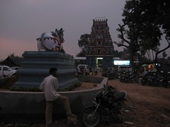 Front Nandhi adding beauty to the Temple