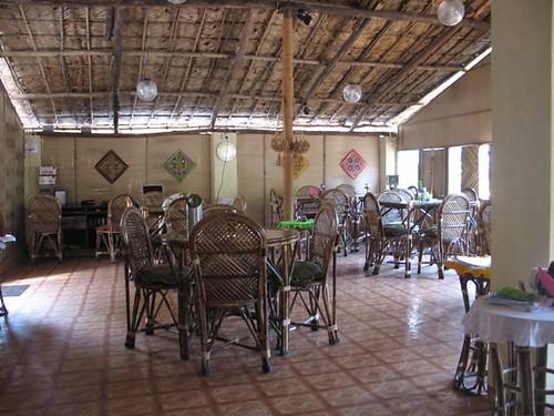 Sala principal del restaurant Moksha