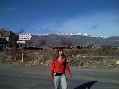 Andrew en Osseja con los Pirineos nevados al fondo