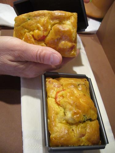 Mini cake pomodorini,feta e erbe aromatiche