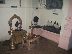 Agasthiar and Naalvar in the sanctum sanctorum hall