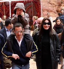 Sarkozy pacaran bawa anaknya Bruni umur 10 tahun