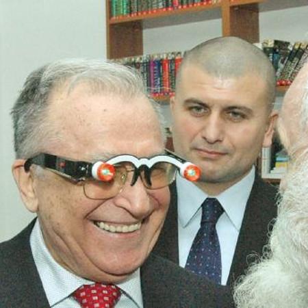 Ion Iliescu - bloggerul