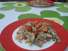 pasta salad with vegy sausages