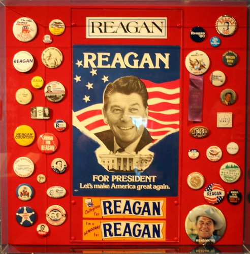 Buttons for the Gipper by Randy Son Of Robert.  Licensed under the Creative Commons.
