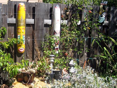 Unidentified tiki-like objects