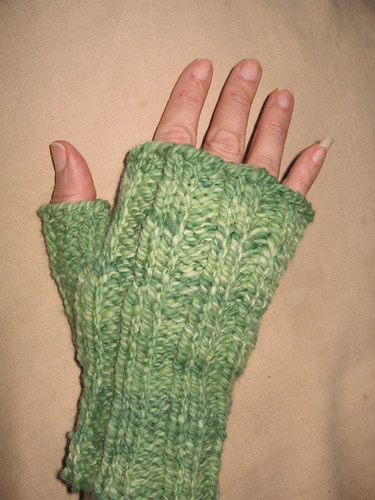 fingerless mittens 1b