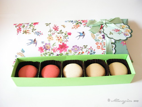 Green Floral Gift Box II