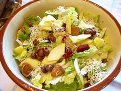 Salade figues et noisettes