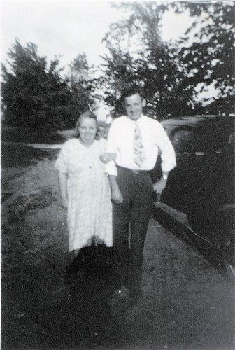 aunt dick - dorrel and garland's mom - and keith .jpg