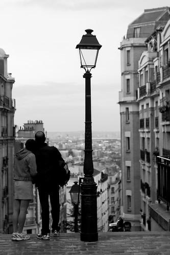 Enamorados en Paris, by Inti