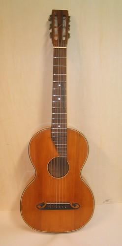 Guitarra terzina