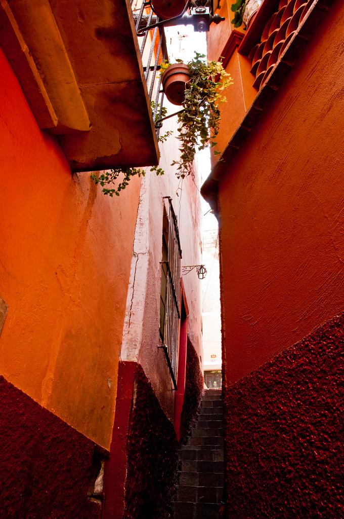 A callejon in Guanajuato