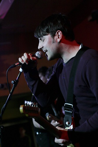 Photo of Delorentos performing at the Student Bar in UCD
