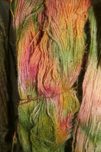dyeing yarn