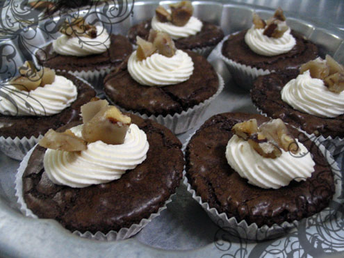 Walnut brownie cupcakes!