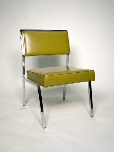 RC Cushy Chair