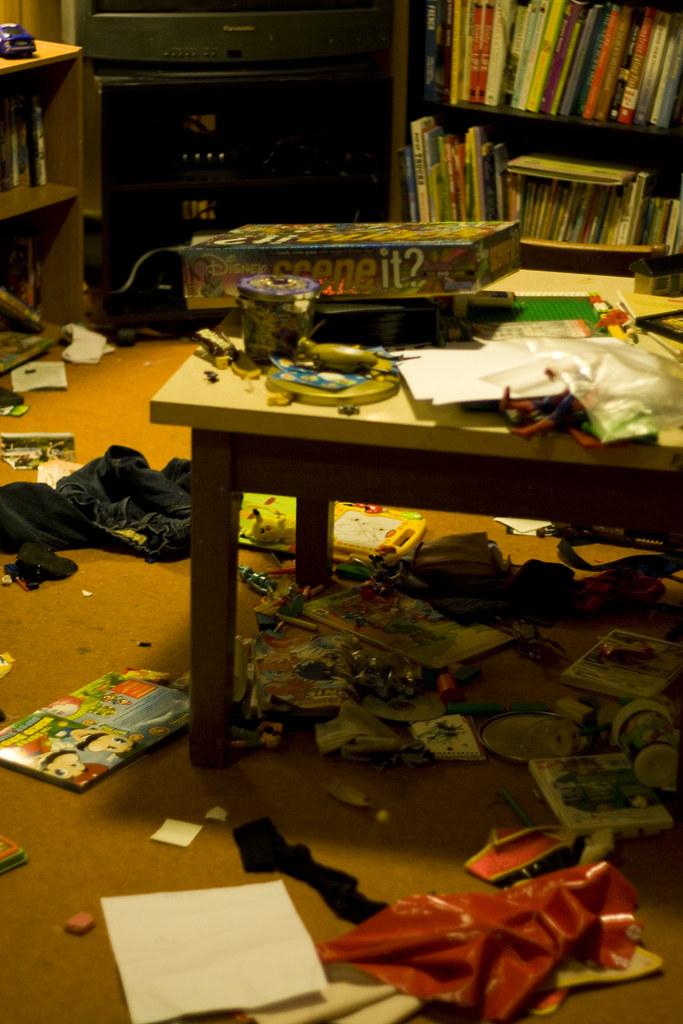 playroom before.jpg