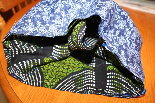 ribbon tote tutorial, sewn together, leaving a hole