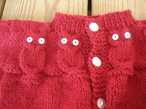 owl sweater - details