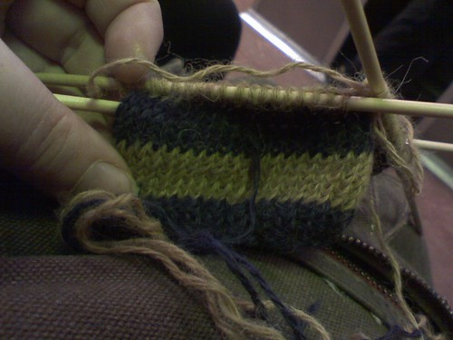 striped mitten too big