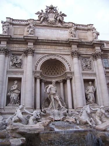 Italy Trevi Meridith Roy