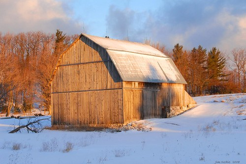 Dawn's early light - Brunson Barn by jsorbieus