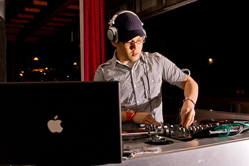 DJ MikeCons