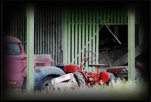 tractorTruck