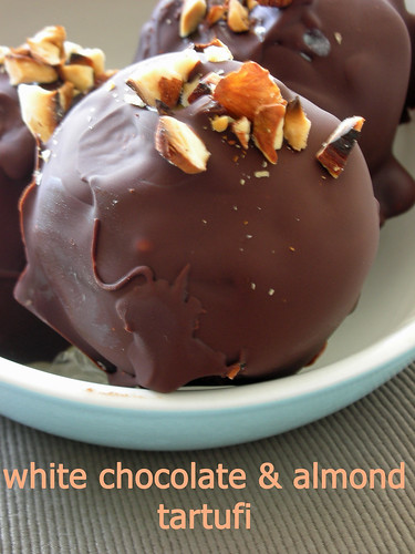 white chocolate & almond tartufi