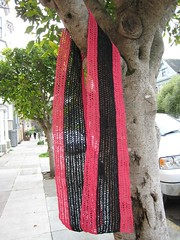 Scarf_2008Jan20_BlackPinkStripe