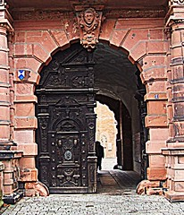 Aschaffenburg: Schloss Johannisburg: Through the Doorway, and into the Courtyard