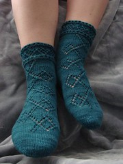 Pearl's Diamond Socks by Skyline Chilly