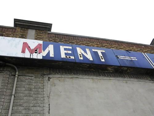 Mment