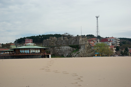 Riva beach and Riva Castle, Blacksea region of Istanbul, pentax k10d