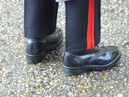 bottes vernies à clous