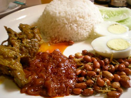 Nasi lemak breakfast 2