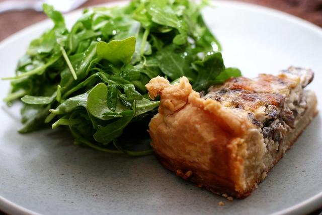 mushroom quiche arugula salad
