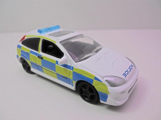 johnny lightning 2003 ford focus polizia (2)