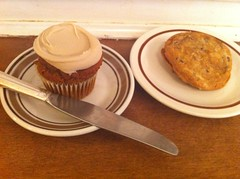Pumpkin Maple Cupcake & Chocolate Chip Cookie Sandwich
