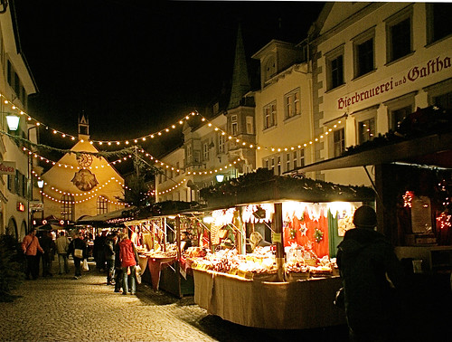 Weihnachtsmarkt Christmas fair / Christmas lighting