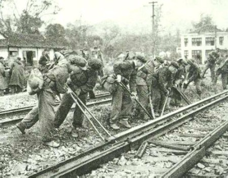 Lang son 1979. Chinese soldiers destroyed railway before their retreat.