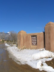 Mabel's Gate - Taos Mountain, Mabel Dodge Luhan House, Taos, New Mexico, February 2007, photo © 2007 by QuoinMonkey. All rights reserved.
